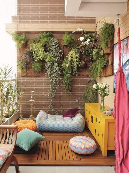 vertikalni vrtovi na terasi